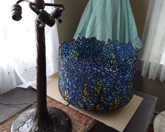"""Tiffany Studios Style """"Wisteria"""" Table Lamp, features large Wisteria Flowers Cascade Shade in Naturalistic Colors and Forms,"""