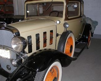 1932 Chevy Confederate. All original/restored. Excellent condition, rumble seat in back with luggage.