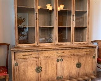 $1200.00 - AUTHENTIC Mid-century modern china cabinet by Thomasville. BEAUTIFUL condition! Like New. 63W 20D 75H