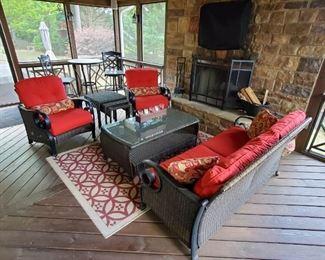 Beautiful like new metal and rattan patio furniture set