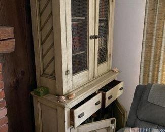 Vintage pie rack cooling safe