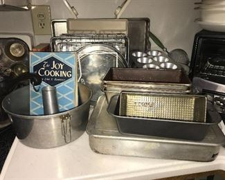 Antique and vintage bakeware, bread pans, pie plates, cake pans, cookie sheets