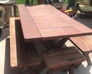 Redwood picnic table on wheels and 4 benches