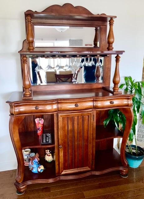 PRE-SALE AVAILABLE: American Signature bar display cabinet