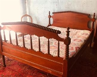 Early Spool Bed $280