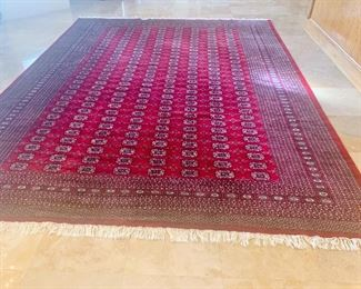 Stunning handmade handknotted wool rug with silk threads 9 x 13 - selling for $1000 - retail $2800. Like new!