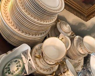 vintage Syracuse Jefferson Ivory gold Laurel china set