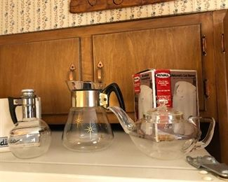 vintage pyrex coffee & tea