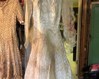 1951 wedding dress & veil - cutter for projects