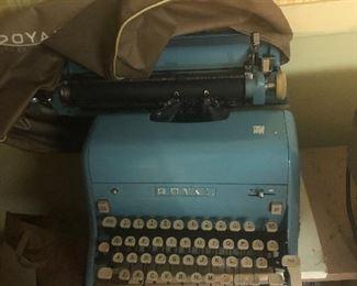 vintage Royal typewriter with case