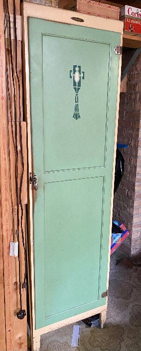COOL Vintage Cabinet - The Davis Company Chicago