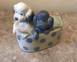 poodles in basket Lladro NAO