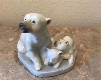 Lladro Polar bear with Cubs