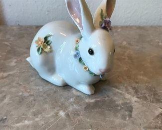 Lladro rabbitt