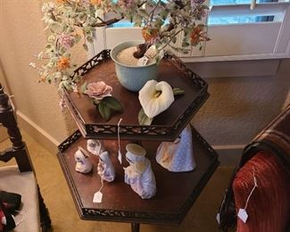 2 tier antique table