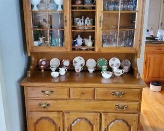 """Temple Stuart 2-pc maple hutch cabinet (45"""" x 19.5"""" x 73.5"""" tall)"""