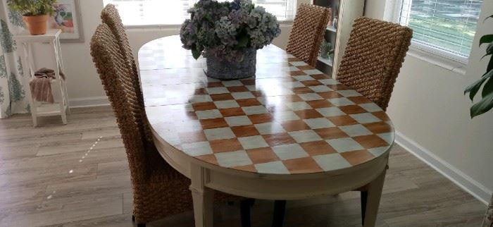 hand painted dining room table $250 3 leafs