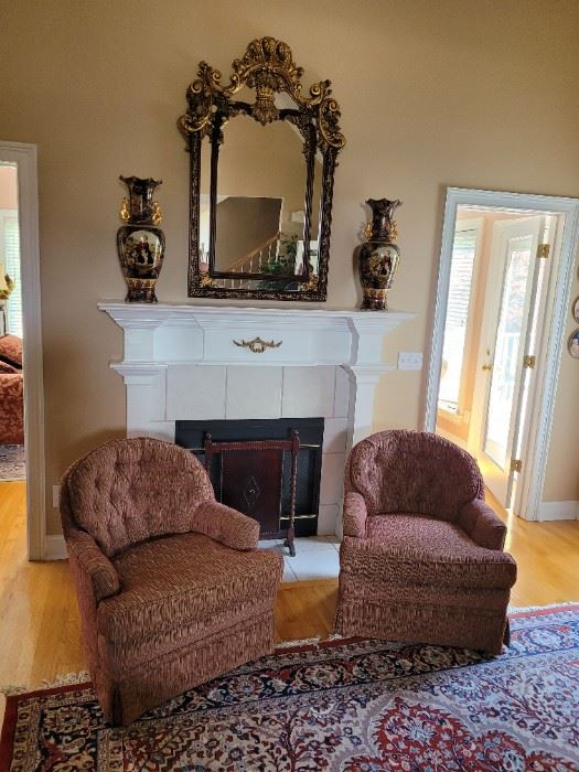 Accent Chairs, Mirror