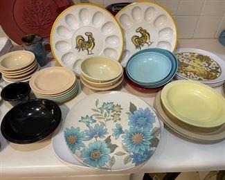 vintage melamine plastice dinnerware