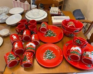 Waechterbach Christmas china from Germany & W. Germany