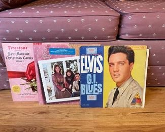 "Elvis vinyl record ""G.I."" Blues"