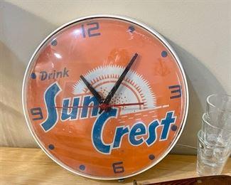 vintage Sun Crest clock