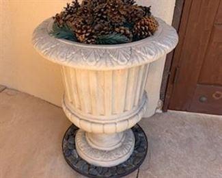 Garden urn, 1 of 4