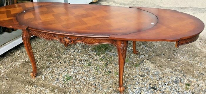 https://www.ebay.com/itm/114791775420CC0031 ANTIQUE STYLE TABLE OVAL ORNATE WITH LEAVES NO CHAIRSBuy-It-Now $500.00
