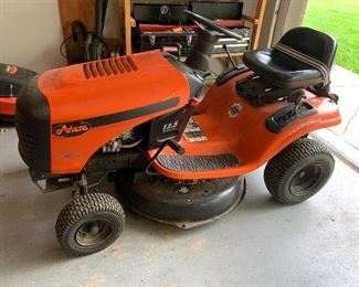 """•Ariens Riding Lawn Mower o Gear Drive o 30"""" o 6 speed o new battery o 12.5 HP o Well Maintained"""