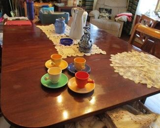 Duncan Phyfe table with 5 leaves & set of 6 chairs