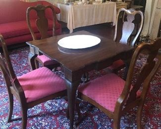 Queen Anne Style Card Table with 4 Chairs