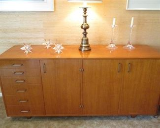 VINTAGE CREDENZA IN STYLE OF JENS RISOM