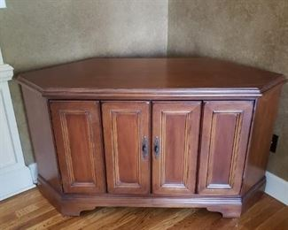 Corner Cabinet without top portion
