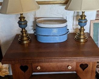 Wood table, lamps, antique cookware