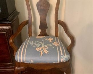 Queen Anne dining room chairs; 8 sides, 2 arms