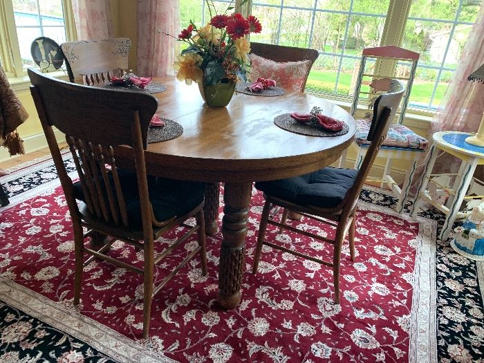 Antique round, Oak table and 4 antique chairs