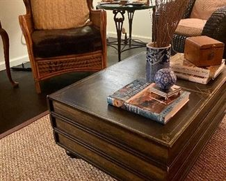 Vintage 1960s Coffee table & other vintage decor