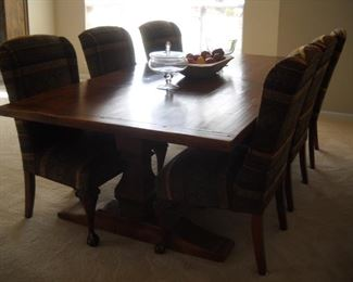 DINING TABLE WITH 1 LEAVE, 8 CHAIRS (2 CHAIRS NOT PICTURED)