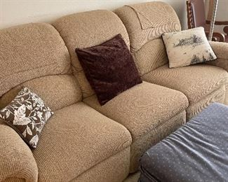 3 cushion couch