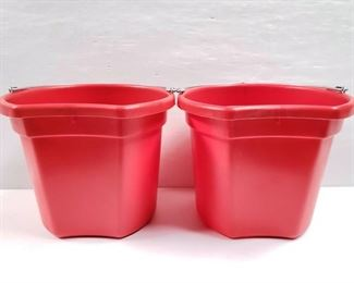 """104 NEW Two (2) 20 Qrt. Flat back bucket, 11"""" tall. Made in USA. NEW Two (2) 20 Qrt. Flat back bucket, 11"""" tall. Made in USA."""