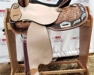 """115 Circle Saddlery Horse Saddle 15"""" Model 6801"""