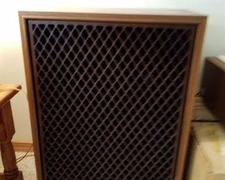 Sansui  speakers 90080842. St-3000, 2 if them.  Brand new