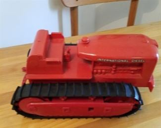 International diesel toy