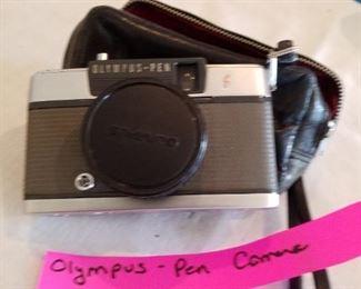 Olympus pen-ee camera
