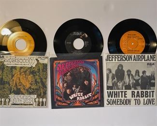 Jefferson Airplane - 45's: https://www.liveauctioneers.com/catalog/200924  ALBUMS: https://www.liveauctioneers.com/catalog/201476