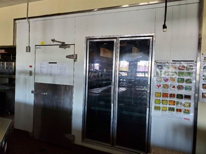 International Cold Storage Walk In Cooler Freezer Combo