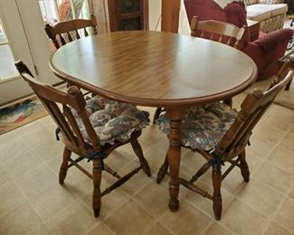 Dining set with 4 matching chairs