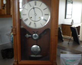 Antique mantle clock - more info to come