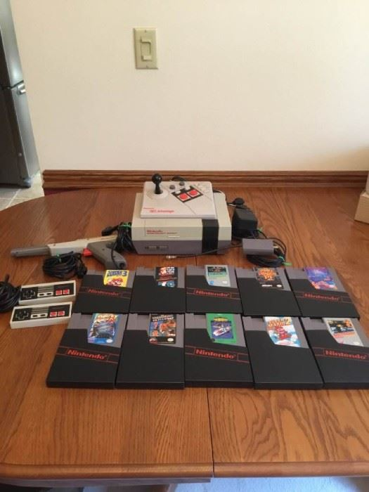 1985 Nintendo Entertainment System