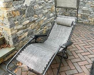 Outdoor telescopic recliners